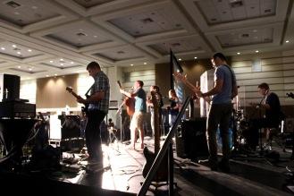 More worship band